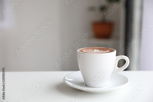 Foto auf Gartenposter Schokolade hot chocolate in white tone room