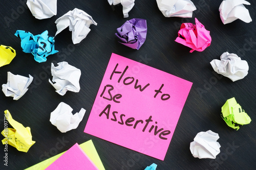 Memo stick with sign How to be Assertive. Canvas Print