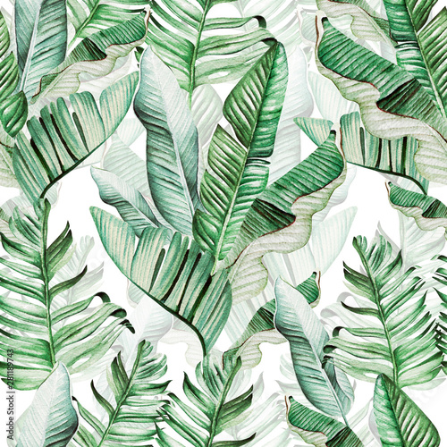 Beautiful watercolor seamless pattern with tropical leaves and banana leaves.