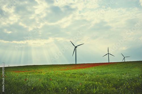 風力発電のある風景