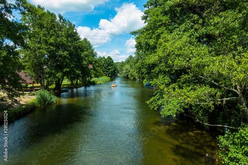 Obraz Rzeka kajaki rower wodny lato wakacje urlop - fototapety do salonu