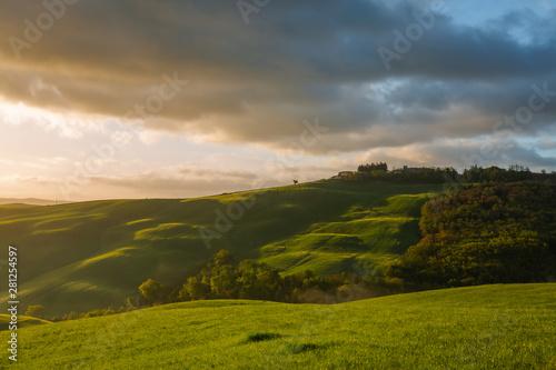 Spoed Fotobehang Rijstvelden Impressive autumn landscape,view with cypresses Tuscany,Italy