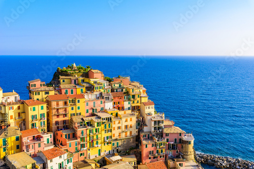 Colorful houses in Manarola Village in Cinque Terre National Park Tableau sur Toile