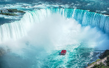 Niagara Falls Boat Tours Attraction. Horseshoe Falls At Niagara Falls, Ontario, Canada
