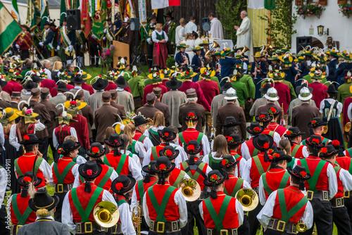 Tela fête folklorique autricienne