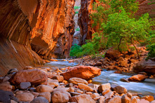 The Narrows Hike In The Virgin...