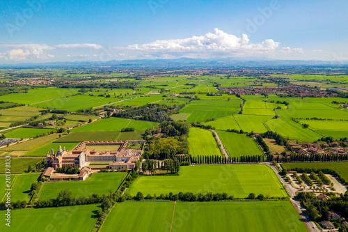 Türaufkleber Blau Certosa di Pavia Gra-Car (Gratiarum Carthusia - Monastero di Santa Maria delle Grazie - Sec. XIV) - Aerial view