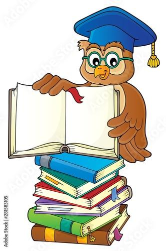 Foto op Plexiglas Voor kinderen Owl teacher with open book theme image 3