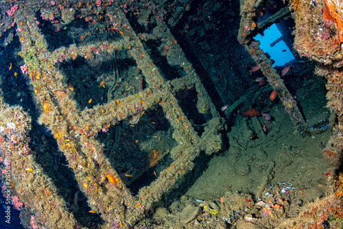 Fotografia liberty Ship Wreck in bali indonesia indian ocean