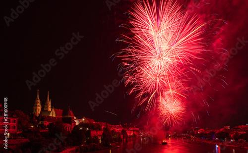 Feuerwerk auf dem Rhein in Basel zum Schweizer Nationalfeiertag am 1. August #281600948