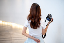 A Beautiful Young Photographer With Photographs In The City And In Different Angles. Other, Shapely Girl, Teen