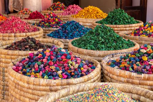 Fotografia  Herbs and spices shop Marrakesh Morocco