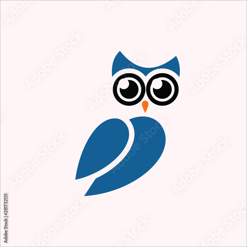 Aluminium Prints Owls cartoon owl vector logo