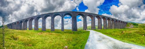Türaufkleber Rosa dunkel View of large Victorian viaduct in rural countryside scenery