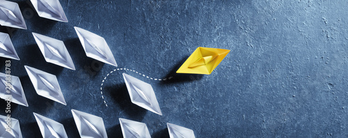 Fotomural Opportunities Business Concept - Paper Boat Change Direction