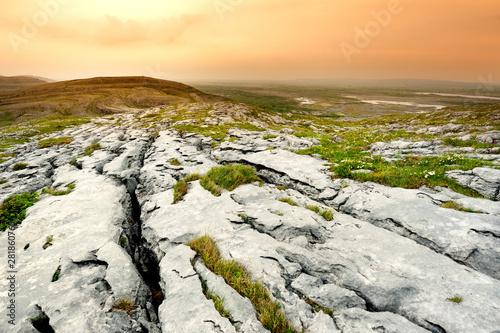 Obraz Spectacular landscape of the Burren region of County Clare, Ireland. Exposed karst limestone bedrock at the Burren National Park. - fototapety do salonu