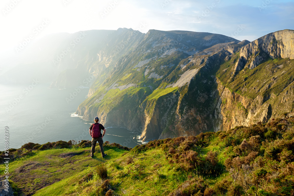 Fototapety, obrazy: Slieve League, Irelands highest sea cliffs, located in south west Donegal along this magnificent costal driving route. Wild Atlantic Way route, Co Donegal, Ireland.