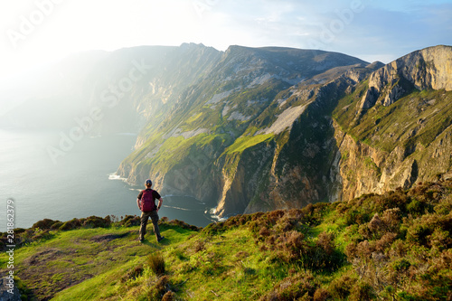 Photographie  Slieve League, Irelands highest sea cliffs, located in south west Donegal along this magnificent costal driving route