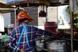 Auf einem Strassenmarkt in Thailand