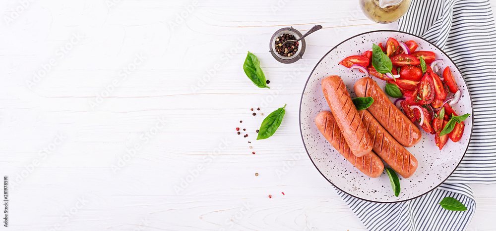 Fototapety, obrazy: Grilled sausage with tomatoes, basil salad and red onions. BBQ menu. Banner. Top view