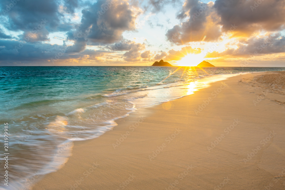 Fototapety, obrazy: Beautiful Sunrise at Lanikai Beach in Kailua