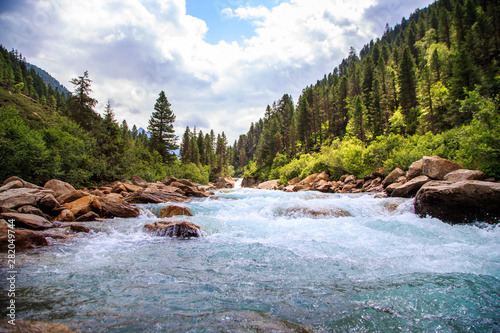 Obraz The Krimmler Ache river in the High Tauern National Park, Austria - fototapety do salonu