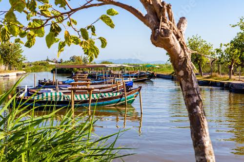 Fotografie, Obraz  Barcas en el rio