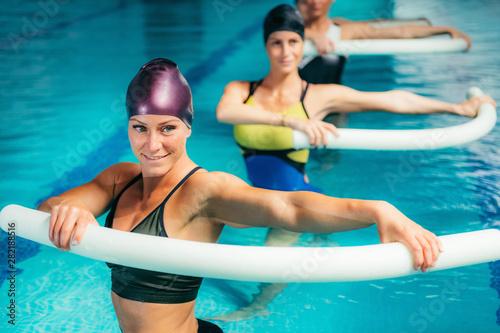 Photo Aqua Aerobic Training in Water Sport Centre.