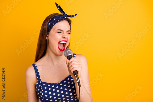 Fotografia  Close-up portrait of her she nice attractive lovely crazy girlish positive cheer
