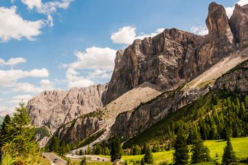 Grödnerjoch, Sellagruppe, Sellamassiv, Grödnertal, Val Gardena, Bergstrasse, Dolomiten, Südtirol, Sommer, Italien