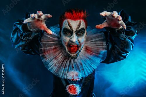 Ingelijste posters Halloween angry crazy clown