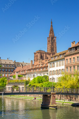 Fotografie, Obraz  Cityscape of Strasbourg with the Cathedrale Note Dame, France
