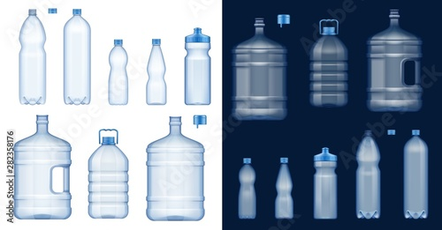 Water bottle mockups. Plastic drink containers Fototapet