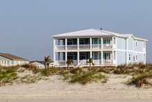 Luxury Beach Vacation Houses ...