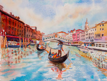 Travel Venice Canal With Touri...