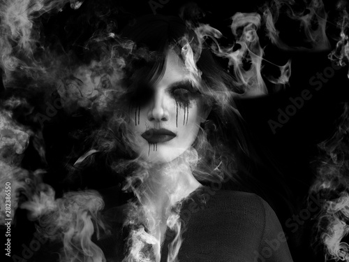 Photo  3D rendering of ghost woman dissolving in smoke.
