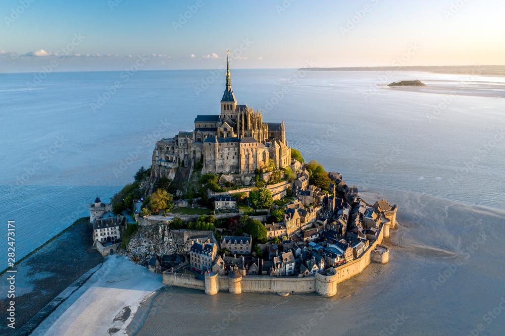 Fototapeta Mont Saint Michel aerial view