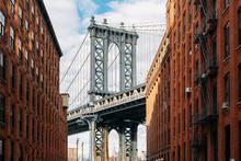 Brooklyn Bridge Seen Between T...