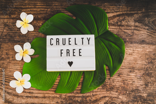 cruelty free message on lightbox vegan products and ethics Fototapet