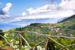 Weiter Blick über die einmaligen, bergigen Terrassenlandschaften von Madeira, Eupopa