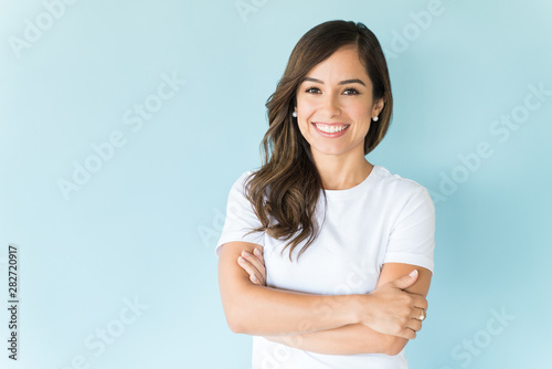Foto auf Leinwand Logo Happy Self-Assured Woman On Isolated Background