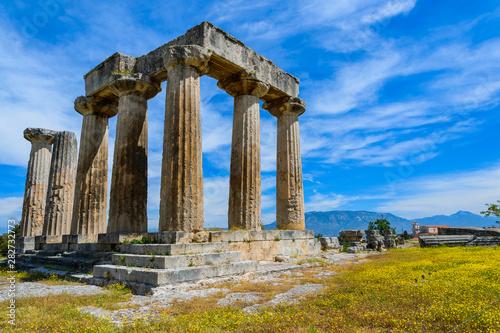 Fotografie, Obraz Apollo Temple in ancient Corinth, Greece