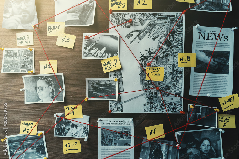 Fototapety, obrazy: Detective board with photos of suspected criminals, crime scenes and evidence with red threads, toned