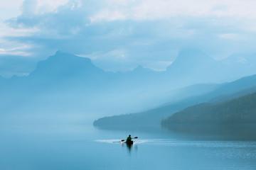 Panel Szklany Podświetlane Rzeka i Jezioro Sunrise Kayaker