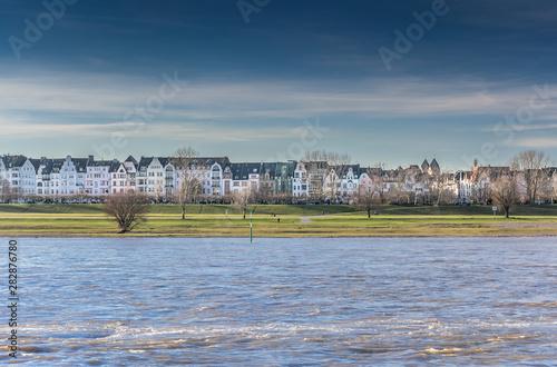 Fotografija  Düsseldorf Oberkassel and its prestigious river rhine front