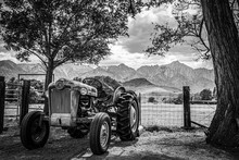 Tractor And Sierras