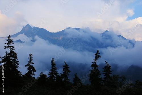 Aluminium Prints 北アルプス笠ヶ岳への道 小池新道 鏡平の風景 黄昏の槍ヶ岳
