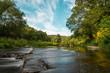 Fluss Furt an einem warmen Sommernachmittag in Österreich