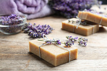 Handmade Soap Bars With Lavend...
