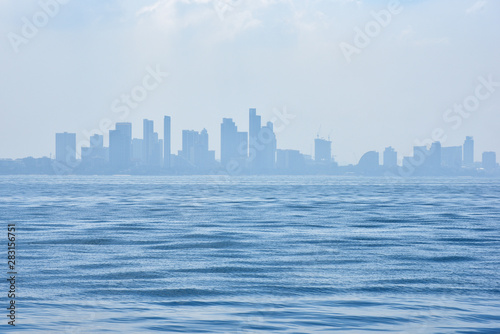 Poster Los Angeles Seascape View with city background